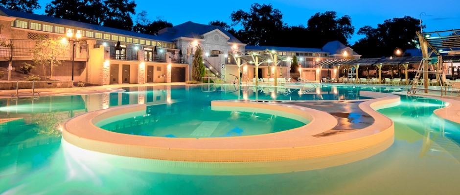 Piedmont_Park_Pool_Cover